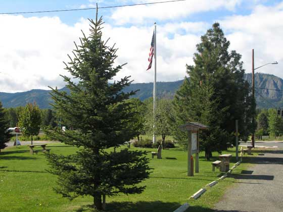 Flag-Pole-Park